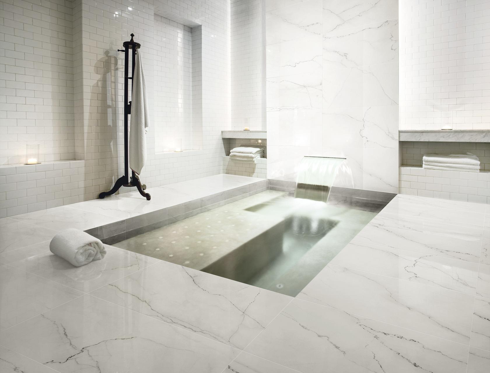 Feinsteinzeug marmor effekt klassische murmeln ariostea böden