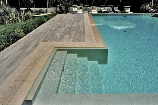 Private residence with swimming pool